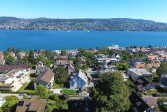 Exklusives Bijou – Dachmaisonette Wohnung mit See- und Bergsicht